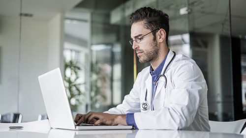 Doctors Spend Too Much Time On EHRs? Most Patients Don't Think So